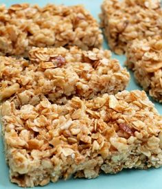 Crispy Honey Nut Granola Bars - these are GREAT! Kids and hubs love them and they taste good crumbled up like cereal with milk too - no need to ever buy granola or granola bars ever! Healthy Granola Bars, Homemade Granola Bars, Healthy Snacks, Healthy Recipes, Crunchy Granola Bar Recipe, Homemade Cereal Bars, Healthy Cereal Bars, Protein Snacks, Lunch Snacks
