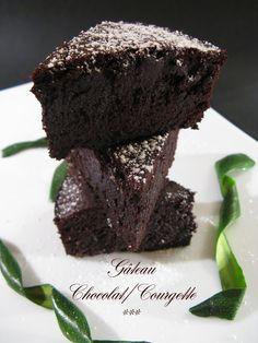 Gâteau Chocolat - courgette ✔ (Recette testée : Délicieux_ Un fondant incomparable sans aucune matière grasse_ Le goût de la courgette est indécelable_ Pour la version sans oeufs : remplacer par 30ml de graines de lin pour 30cl d'eau) ✔