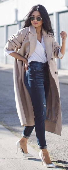 woman with white shirt, beige coat, blue denim jeans and white almond-toe heels outfit. Heels Outfits, Fashion Outfits, Womens Fashion, Style Fashion, Spring Outfits, Winter Outfits, Blue And White Shirt, Grey Shirt Dress, Woman Clothing