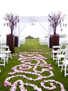 Aisle flowers Wedding Bells, Wedding Events, Our Wedding, Dream Wedding, Wedding Stuff, Aisle Runner Wedding, Wedding Aisle Decorations, Aisle Runners, Purple Wedding
