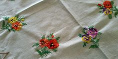 Pretty Gold Linen Table Cloth with Lace Border. TLC Cleaning Needed if Desired. Vintage Tablecloths, Embroidered Lace, Pansies, Lace Trim, Embroidery, Crochet, Floral, Ebay, Needlepoint