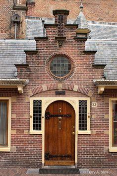 Oude Groenmarkt 23 - ingang St.Bavokerk
