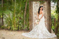 spectacular wedding dress!!