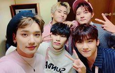 JJun, JVin, Sun, Sign & Minhyuk