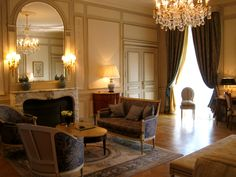 My room at Le Meurice Paris - the surprise upgrade of a lifetime! http://myfrenchlife.org/2012/04/27/french-hotel-heaven/