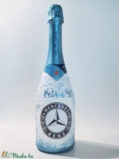 Mercedes emblémával dekorált hungária extra dry pezsgő autó rajnogói ajándék szülinapra, névnapra (Biborvarazs) - Meska.hu Mercedes, Ac Milan, Arsenal, Liverpool, Manchester, Champagne, Drinks, Bottle, Diy