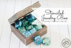 Custom stenciled jewelry box.  What a great gift idea for Mom, even I can make one of these! #SharetheDove