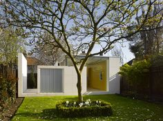 Simple but nice architecture. The Jindal's Pavilion by Paul Archer Design.