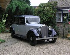 Rover 12hp Six Light Saloon (1935)