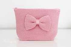 Crochet Pouch, Crochet Purses, Crochet Gifts, Crochet Motif, Knit Crochet, Crochet Patterns, Sweater Design, Crochet Fashion, Free Pattern