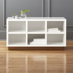Nothing kicks off the season like a fresh pair of white sneakers. Give them a clean place to rest at night with our oberlin small white entry bench. Modern Storage Bench, Modern Storage Furniture, Living Room Furniture Layout, Bench With Storage, Apartment Furniture, Small Storage, Apartment Living, Apartment Ideas, White Bench Entryway