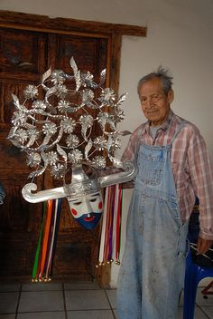 Mexican mask artisan - in the USA it is hard to imagine the current use of these dance masks but the dances are real & meaningful - for more on Mexico visit www.mainlymexican.com #Mexico #Mexican #mask