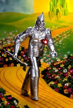 Ken® as the Tin Man™ in The Wizard of Oz™  Collector Edition  Release Date: 1/1/1996