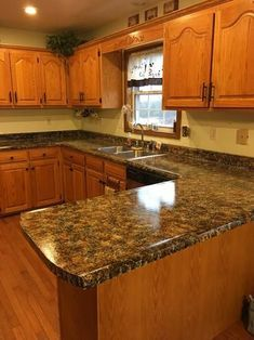 Supreme Kitchen Remodeling Choosing Your New Kitchen Countertops Ideas. Mind Blowing Kitchen Remodeling Choosing Your New Kitchen Countertops Ideas. Kitchen Room Design, Kitchen Cabinet Design, Kitchen Paint, New Kitchen, Kitchen Decor, Kitchen Ideas, Countertop Paint Kit, Painting Countertops, Oak Kitchen Cabinets