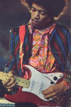 Jimi Hendrix died Sept 18, 1970 at the age of...27.  I saw him perform in August 1968 at Municipal Auditorium, San Antonio.