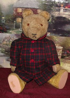 """ANTIQUE MOHAIR LARGE ENGLISH BEAR, EXCELSIOR STUFFED, GLASS EYES, 15"""" CIRCA 1920"""