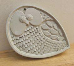 Vintage Mod Owl Ceramic Grater. £30.00, via Etsy.
