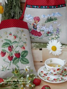La maison du bonheur: Альпийская пастораль. Cross Stitch Fruit, Cross Stitch Kitchen, Cross Stitch Needles, Cute Cross Stitch, Cross Stitch Flowers, Ribbon Embroidery, Cross Stitch Embroidery, Cross Stitch Patterns, Quilt Stitching