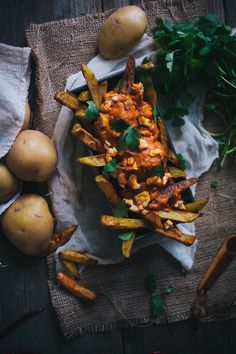 Oven Baked Curry Fries With A Tikka Masala Sauce - Adventures in Cooking Tikka Masala Sauce, Indian Food Recipes, Vegetarian Recipes, Cooking Recipes, French Fries Recipe, Oven Baked, Food Inspiration, Love Food, Food Photography