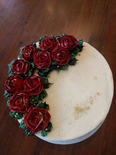 Buttercream Roses and Gold