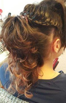 Simplu si rapid# Lunges, Hair Ideas, Dreadlocks, Hair Styles, Beauty, Hair Plait Styles, Hair Makeup, Hairdos, Haircut Styles