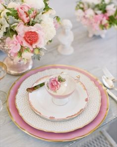 place setting / lovely dinnerware  / pink white and gold