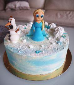 Gluteeniton Frozen -kakku pätkistäytteellä <3 Frozen, Baking, Cake, Desserts, Recipes, Food, Tailgate Desserts, Deserts, Bakken