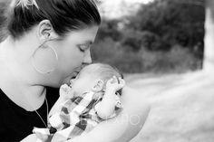 Newborn Photography Atwater, Ohio www.jenexpo.com Jen Expo Photography