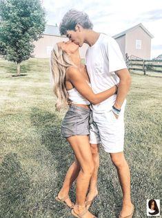 ❤️l❤️ Makeup Hacks makeup life hacks troom troom Cute Couples Photos, Cute Couple Pictures, Cute Couples Goals, Cute Photos, Couple Pics, Couple Things, Couple Stuff, Couple Shoot, Couple Goals Relationships
