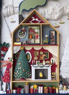 Elsa Mora - Shadow box for the MoMA Design Store. Christmas Shadow Boxes, Christmas Frames, Christmas Time, Vintage Christmas, Christmas Ornaments, Paper Art, Paper Crafts, Retro Christmas Decorations, Diy Shadow Box