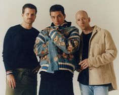 The brilliance of LANY is that they are a band of men singing to love as if they are the only guys who want relationships. Lany Band Wallpaper, Paul Jason Klein, Band Wallpapers, Thick And Thin, Paris Shows, Iconic Characters, Pink Sky, Jean Grey, Best Songs