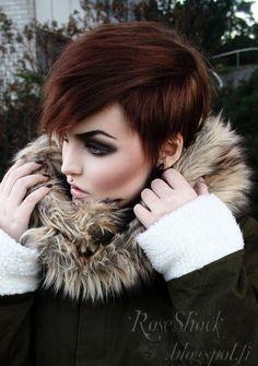 dark smokey eye, thick eyebrows & short hair - everything perfect. #RoseShock