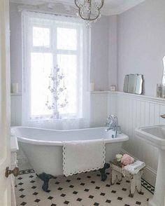 90+ AMAZING VINTAGE FARMHOUSE BATHROOM REMODEL IDEAS #bathroomideas #bathroomremodel #bathroomdesign