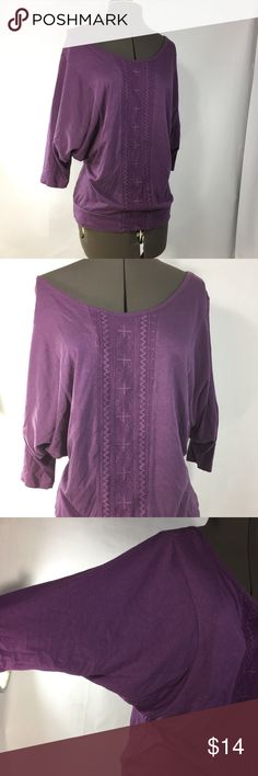 Banana Republic, plum colored 3/4 sleeve top soft purple 3/4 sleeve (bat wing) top with embroidered lace overlay down the front. Round neck. like new. Size Small Banana Republic Tops Tees - Long Sleeve