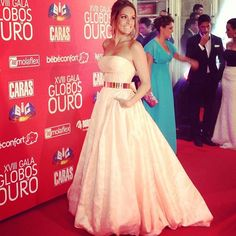 Portuguese actress/tv presenter Diana Chaves at the Portuguese Golden Globes (designer: Micaela Oliveira) 2013 Strapless Dress Formal, Prom Dresses, Formal Dresses, Diana, Tv Presenters, Pretty Outfits, Pretty Clothes, Red Carpet, Ideias Fashion