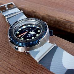 Seiko PADI Marinemaster Tuna Professional 300M Diver Quartz SBBN039 Limited 700 pcs.