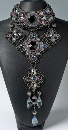 Black Swan - Bead&Button Magazine Community - Forums, Blogs, and Photo Galleries
