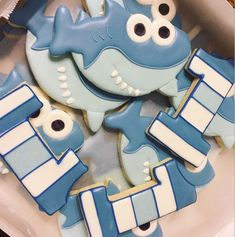 shark party food Kids is part of Fun Shark Party Ideas For Kids That Love The Ocean - mulpix Baby shark cookies to match! First Birthday Cookies, Boys 1st Birthday Party Ideas, Baby 1st Birthday, First Birthday Parties, Shark Cookies, Shark Party Foods, Rosalie, Kairo, Baby Shark
