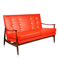 Desmobilia | Design: Cadeiras e Estofados