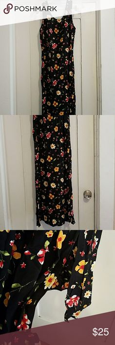 Beautiful vintage dress,size 10. Nina Piccalino brand, excellent condition. A slit on each side at bottom of dress. Dresses Maxi