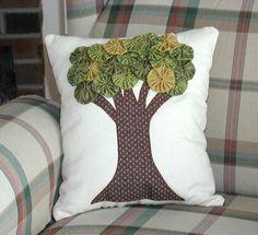 Yo Yo Tree Pillow