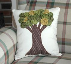 Yo Yo Tree Pillow