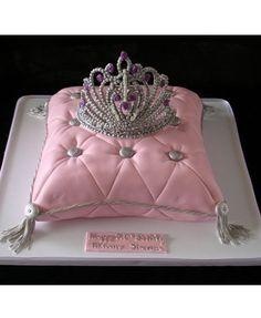 Tiara Cake for Princess Heidi's birthday!