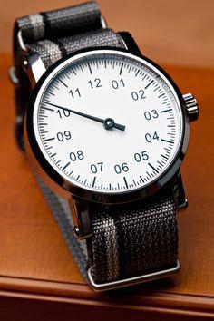 handa:  Custom Single-Hand Watch