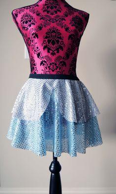 Running Skirt, Cinderella Running Skirt, Sparkle Running Skirt, 5K Skirt, Race Skirt, Princess Skirt, Blue Sparkle Skirt by prettypumpkin on Etsy https://www.etsy.com/listing/261123354/running-skirt-cinderella-running-skirt