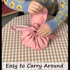 Diy Crafts - The Drawstring Velvet Cosmetic Bag is a must have for any makeup junkie. Go from doing your makeup to out the door in just a pinch! Bag Patterns To Sew, Crochet Patterns For Beginners, Sewing Patterns, Fabric Crafts, Sewing Crafts, Sewing Projects, Diy Couture, Fabric Bags, Diy Mask