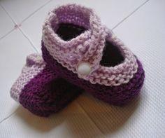 Minhas linhas e eu: Receita de sapatinho para bebê (9 - 12 meses) em tricot (sapatinho tipo boneca) - algumas modificações...