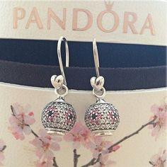 Flower pandora earrings