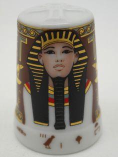 Faraones: Dyoser. Porcelana. Colección: Im Glanz der Pharaonen. Kunstarchiv…