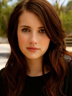 Natural Long Wavy Haircut with Brown Hair Color for Women from Emma Roberts. I want her hair. Brown Hair Green Eyes, Light Brown Hair, Brown Hair Colors, Green Hair, Dark Hair, Hair Colour, Dark Brown, Brown Eyes, Colour Colour
